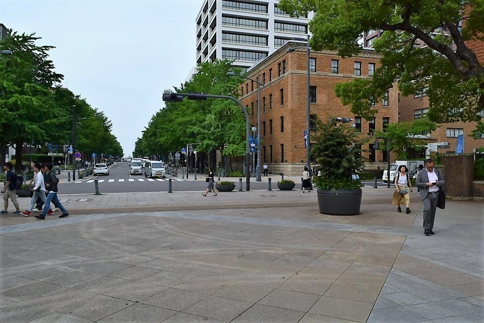 横浜中区日本大通りのTHE BAYS(昭和モダン建築再訪)_f0142606_11542657.jpg