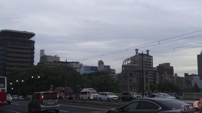 原爆ドーム付近に消防車両多数_e0094315_18445394.jpg