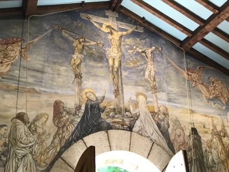 最後のフジタの作品、フジタ礼拝堂の美しさ_a0136671_01001468.jpg