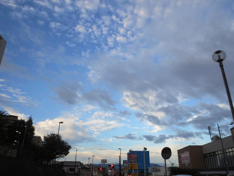 ■雲の変幻──週替わりの夕暮れ[6/28-7/1]_d0190217_22402444.jpg