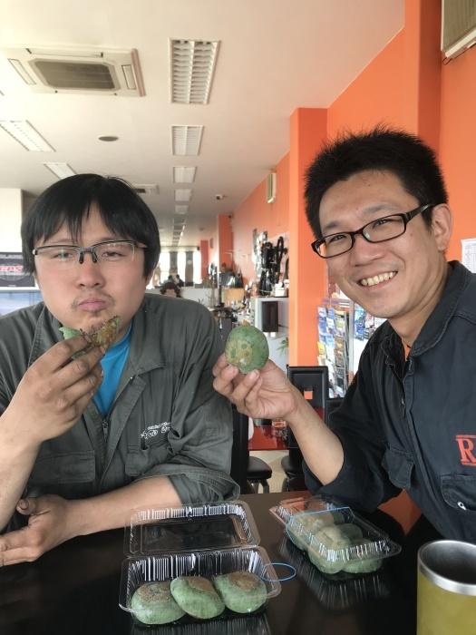 レース会場から写真と草餅届きました☆_e0119723_15454085.jpg