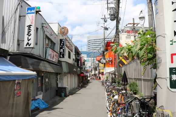 京橋駅前商店街(大阪市城東区)_c0001670_20102408.jpg