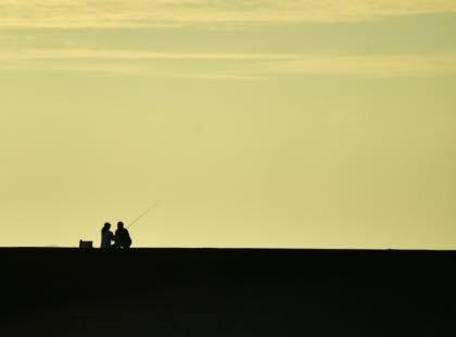 昨日の夕方は久々に海岸沿いに撮影に......_b0194185_21454153.jpg