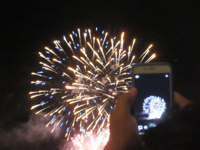 とっても危険だった今回の花火見学@FIRENZE _c0179785_01023187.jpg