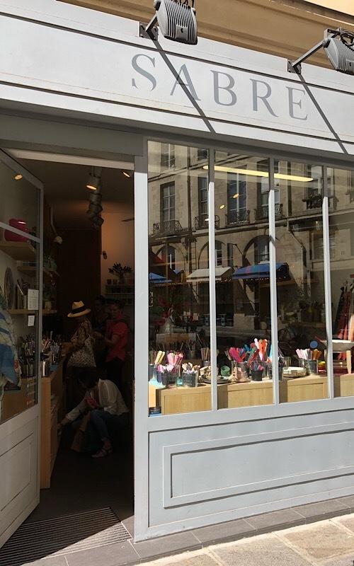 パリ買い付けと街歩き*⃝̣◌︎⑅⃝︎◍︎♡︎◌︎*⃝̥◍︎♡︎_a0213806_22573137.jpeg