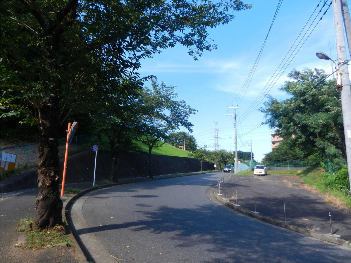 リニア中央新幹線 町田市小野路非常口に円形の構造物が出現?_a0332275_01405167.jpg