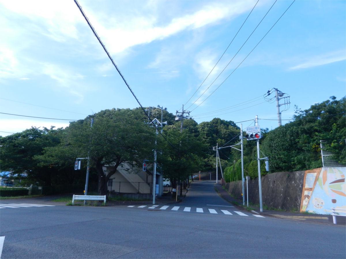 リニア中央新幹線 町田市小野路非常口に円形の構造物が出現?_a0332275_01450998.jpg