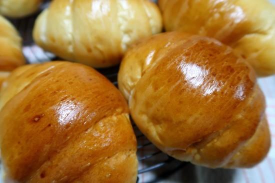 久しぶりにパンを焼く_d0336530_16440602.jpg