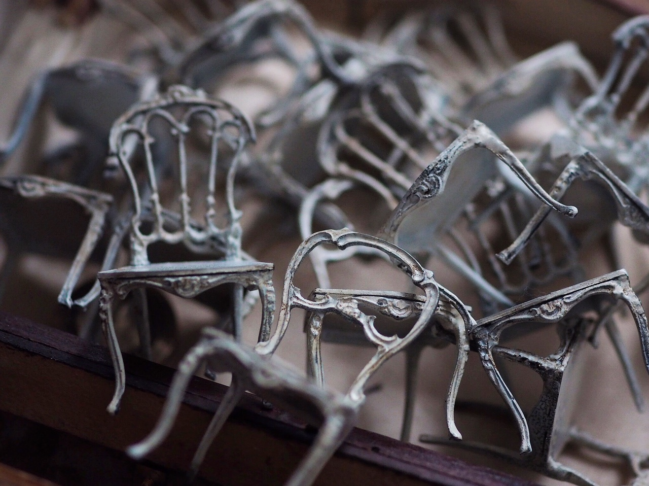 miniature椅子作り_e0172847_13213575.jpeg
