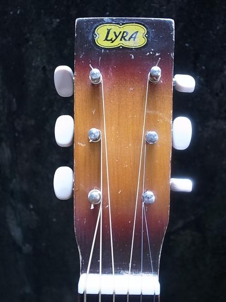 1940'S LYRA Parlor Guitar C.bruno&son by Harmony1940年代ライラ・パーラーギターBYハーモニー_f0197703_14445854.jpg