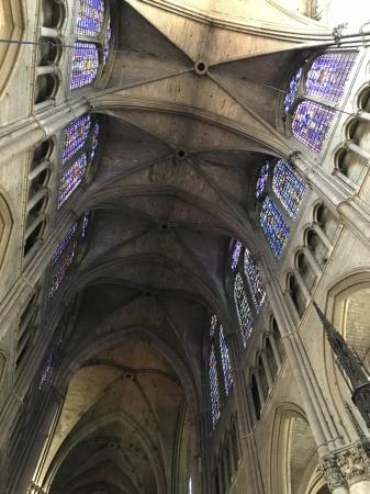 ランス、ノートルダム大聖堂の素晴らしさ_a0136671_00513839.jpg