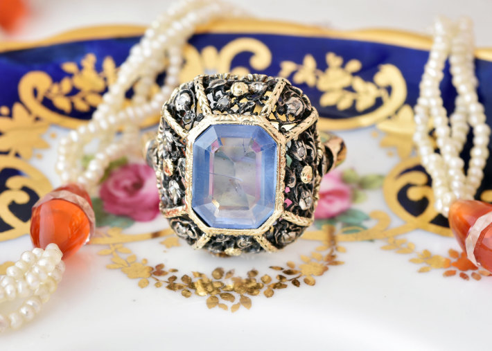 ロマンティックなサファイア&ダイヤモンドリング_a0264182_11481851.jpg