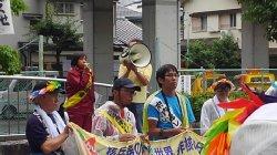 警報が残る中、核廃絶を求め今年も平和行進が池田に到着、兵庫・川西へ引き継ぎました。_c0133422_0251757.jpg