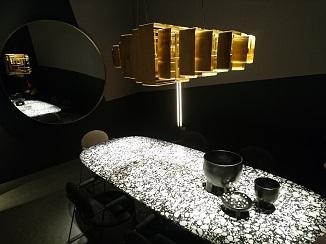 シリーズ~家具ブランドがお届けするデザイン照明!_d0091909_10245328.jpg