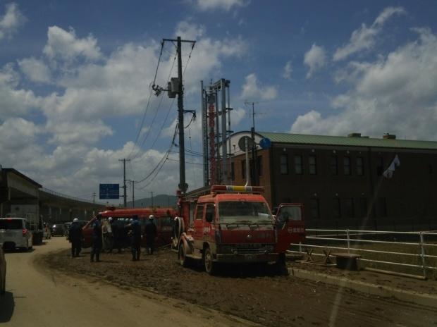 7月10日、真備町で大雨災害後の片付け支援活動をしました_d0155415_22542723.jpg