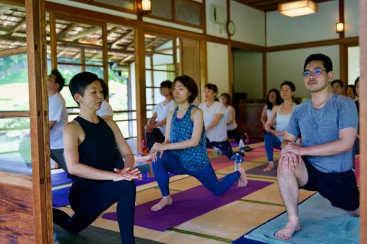 Breathing mayu yoga終了しました _a0267845_08522153.jpg