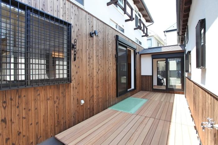 「市川の家」居間〜書斎(個室1)_f0230666_15395058.jpg