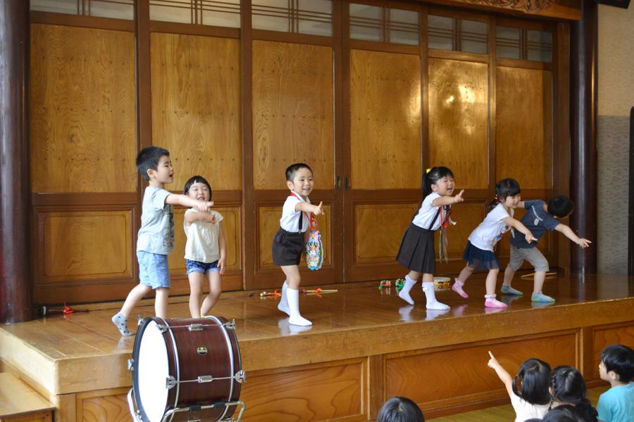 今日は、第一幼稚園のお誕生会でした_d0353789_14492365.jpg