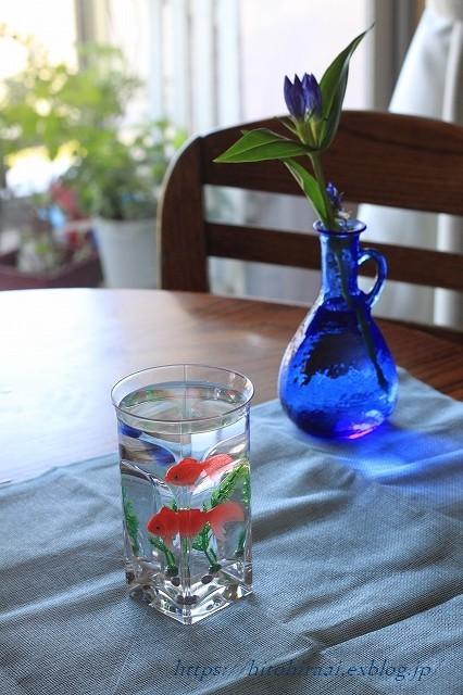 夏のしつらえはブルーで。。。_f0374092_22203046.jpg