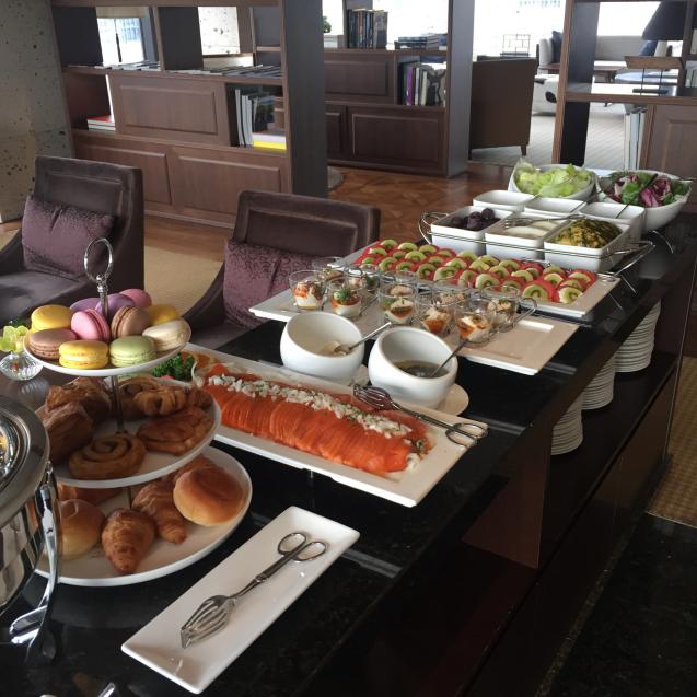 18年6月ソウル7☆ロイヤルホテルのラウンジで朝食_d0285416_19312565.jpg