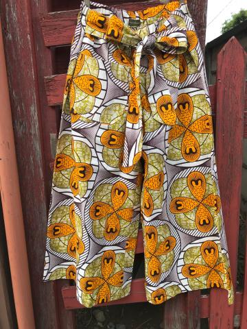 アフリカ布パンツ_a0153945_19475744.jpg