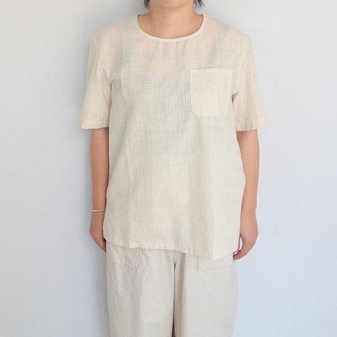 chahat : khadi T shirt with pocket_a0234452_18575976.jpg