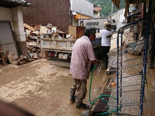 西日本豪雨 安浦町復旧頑張ります_e0175370_17515071.jpg
