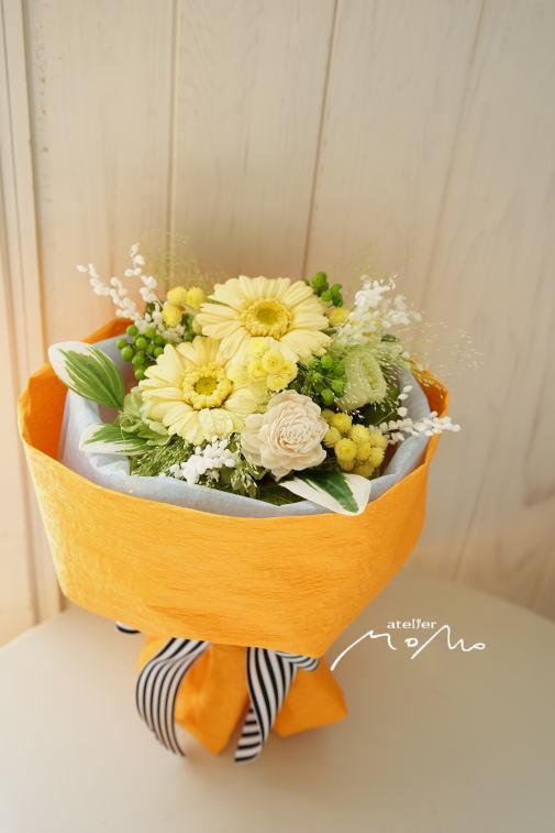 #リースブーケ 黄色のガーベラで!_a0136507_23013325.jpg