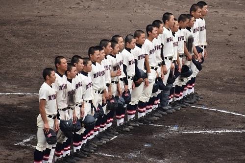 高校野球_e0360409_18540039.jpg