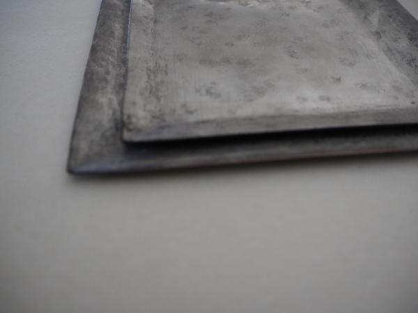 南沢奈津子さんの銅のお皿_b0132442_17254711.jpg