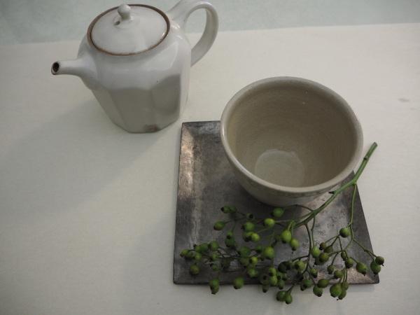 南沢奈津子さんの銅のお皿_b0132442_17260704.jpg