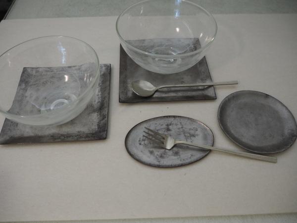 南沢奈津子さんの銅のお皿_b0132442_17291280.jpg