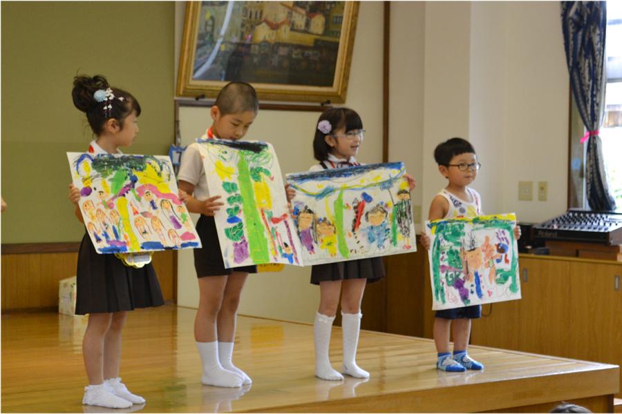 今日は、第二幼稚園の6月と7月生れのお誕生会でした。_d0353789_16180355.jpg