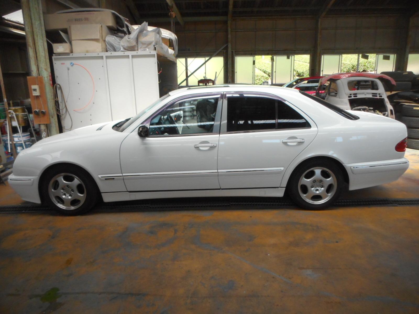 メルセデス・ベンツ W210 ドアミラー、パワーウインド動かない 修理_c0267693_17335204.jpg