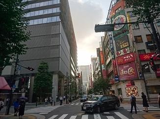本日は日本のへそ?コチラの街からお届けです。_d0091909_18003114.jpg