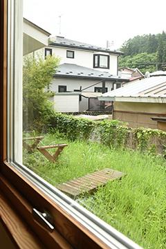 窓辺の考察_b0259218_01201449.jpg