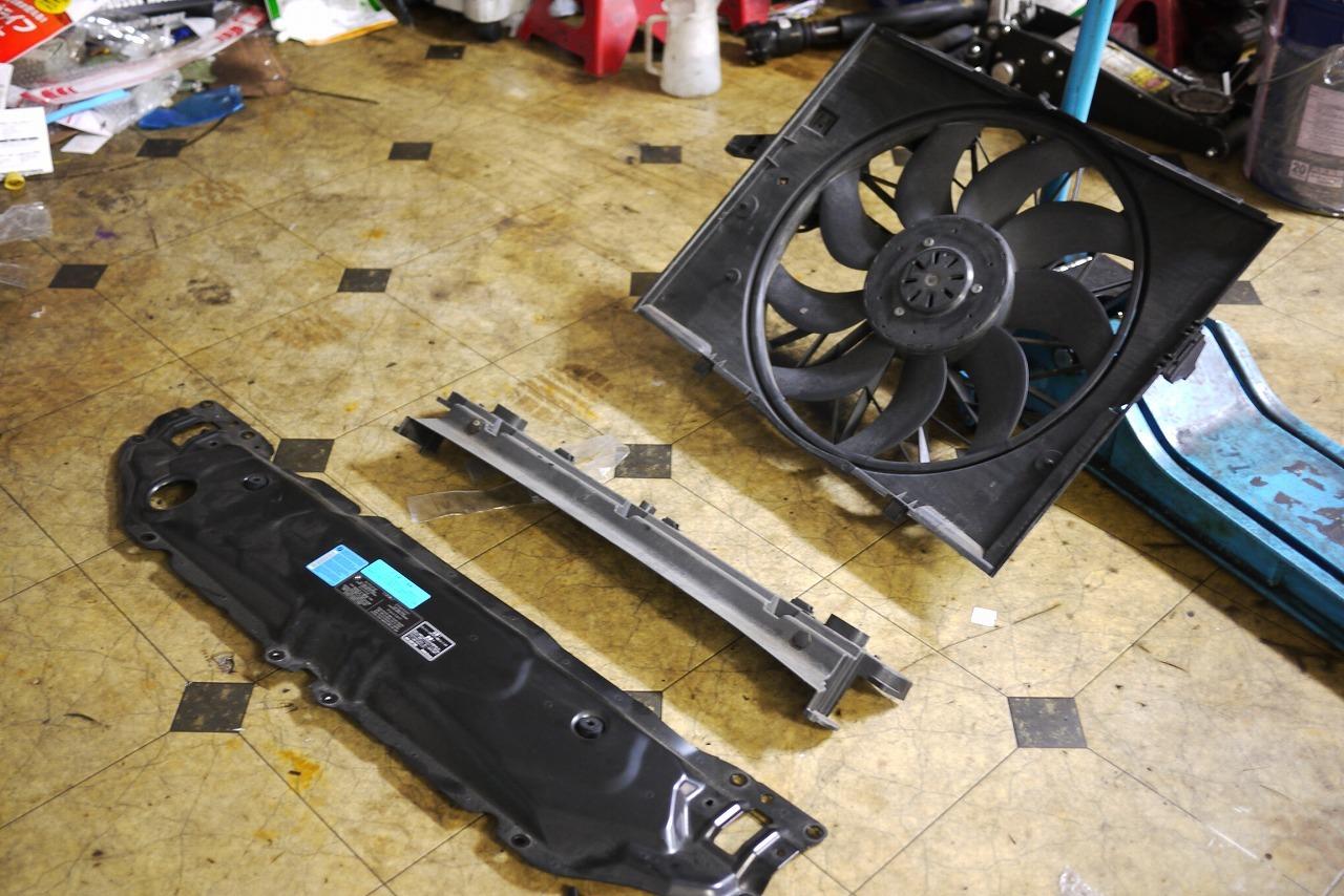 BMW E61 電動ファンうるさい まわりすぎ オーバーヒート警告等_d0171835_16133898.jpg