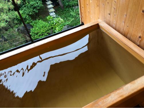 週末温泉プチ旅行☆朝、お部屋の露天風呂で赤湯の湯を楽しむ幸せ。_f0207146_20213573.jpg