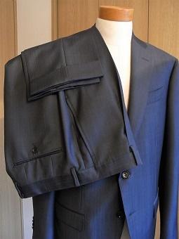 艶やかイタリアンな「岩手のスーツ」 編_c0177259_23365136.jpg