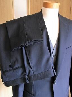 艶やかイタリアンな「岩手のスーツ」 編_c0177259_23414510.jpg