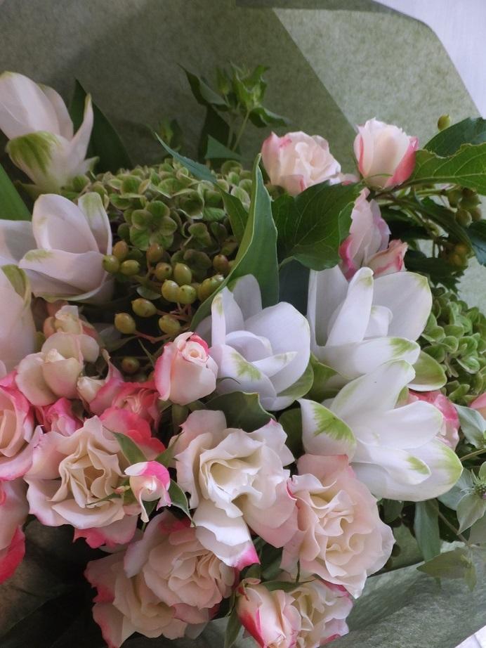 オークリーフ(クルクマと薔薇の花束)_f0049672_18032926.jpg