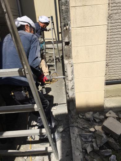 ブロック塀解体撤去工事です。_f0052181_11121688.jpg