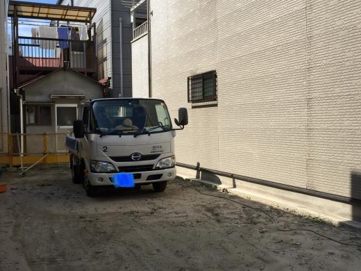 ブロック塀解体撤去工事です。_f0052181_11123630.jpg