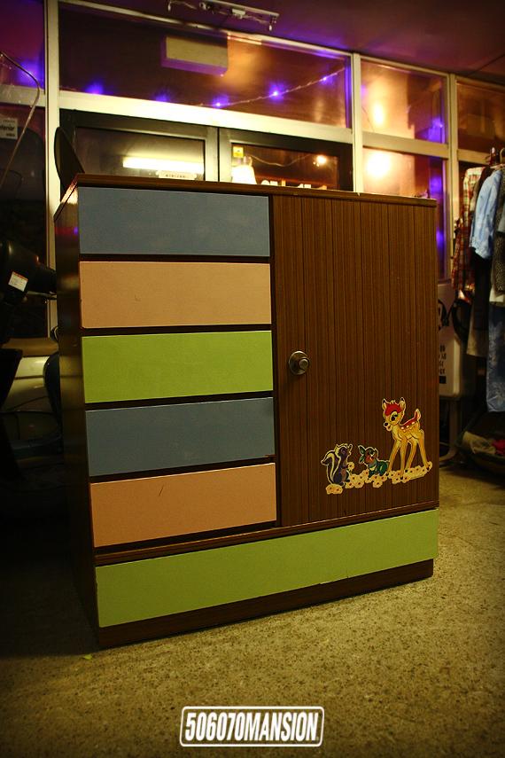 1970s Vintage ディズニーバンビのベビーたんす ベビー箪笥 昭和レトロ_e0243096_19201468.jpg