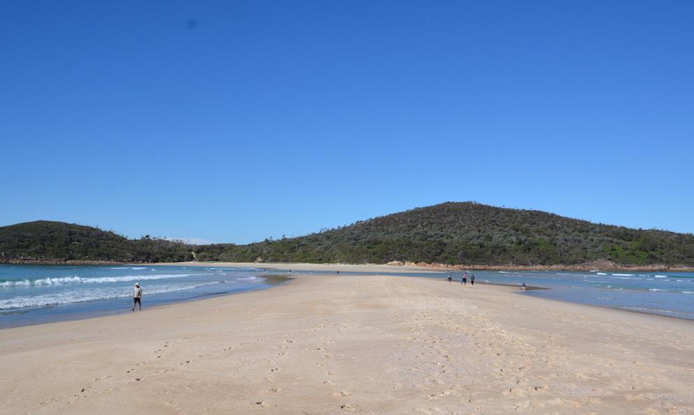Fingal Bay Beach_f0155522_08021744.jpg