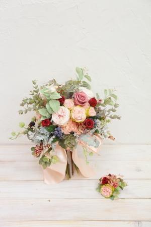 ブーケの種類 生花とプリザーブドフラワーと造花(アーティフィシャルフラワー)のブーケの違いについて_a0042928_11460564.jpg