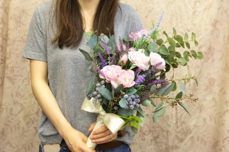 ブーケの種類 生花とプリザーブドフラワーと造花(アーティフィシャルフラワー)のブーケの違いについて_a0042928_11482806.jpg