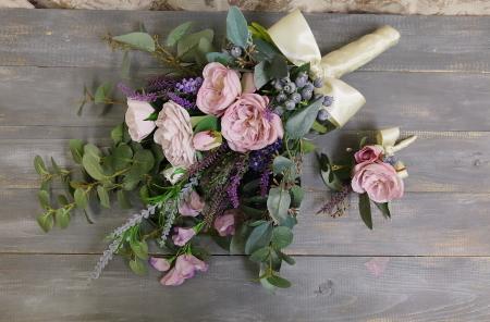 ブーケの種類 生花とプリザーブドフラワーと造花(アーティフィシャルフラワー)のブーケの違いについて_a0042928_11485094.jpg