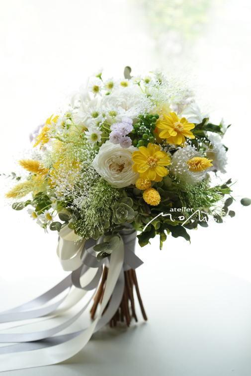 #クラッチブーケ ホワイト&イエローのお花でナチュラルに!_a0136507_22281609.jpg