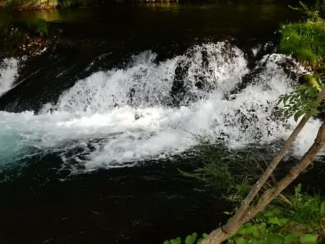 中山湖・鐘山の瀧とその渓流  「凉し」写真集_b0221219_17384049.jpg